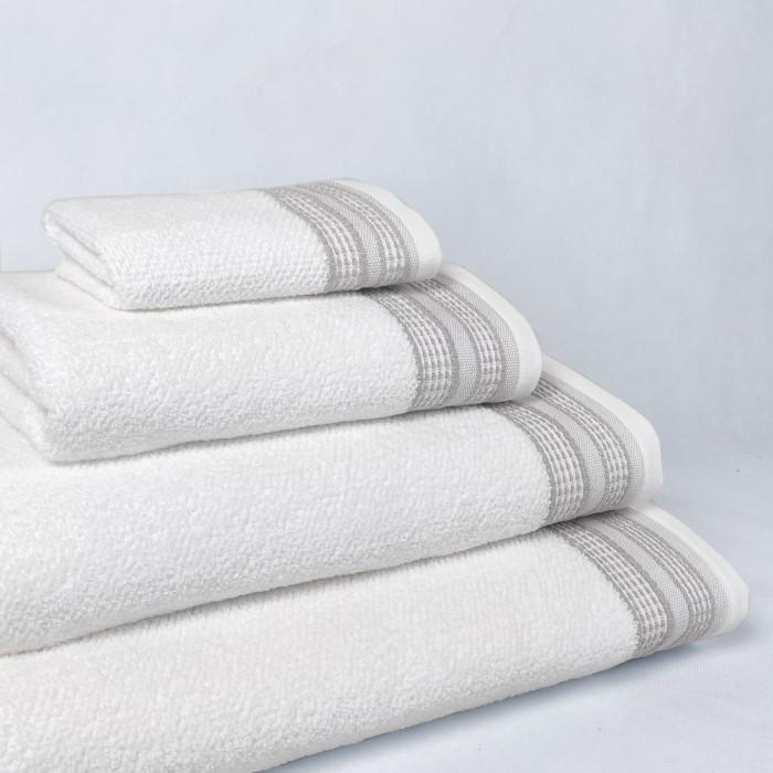 Cream bath towel design Rachel made from 100% cotton