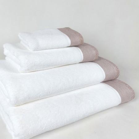 Toalla de baño beige Eternity de algodón 100%