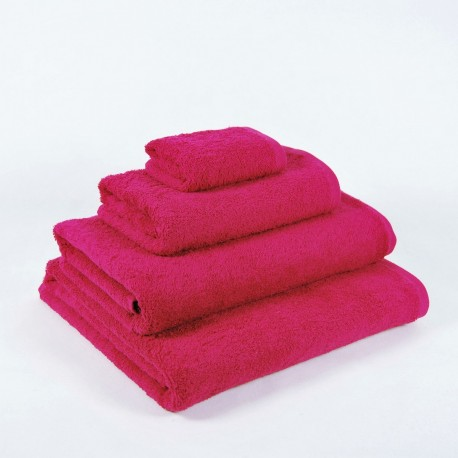Fucshia Bath Towel made from 100% cotton