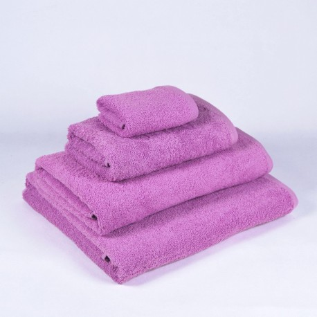 Lilac Bath Towel made from 100% cotton