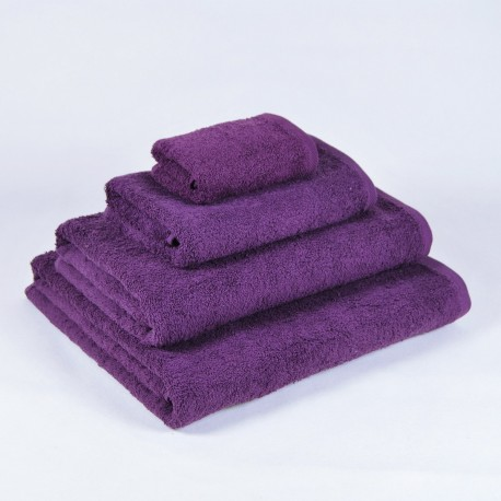Aubergine Bath Towel made from 100% cotton