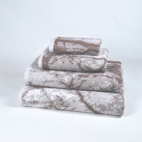 Toalla de baño marrón con dibujo algodón 100%