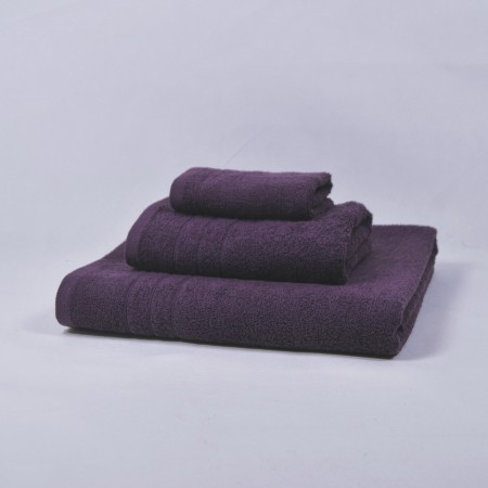 Aubergine towels set made from 100% cotton